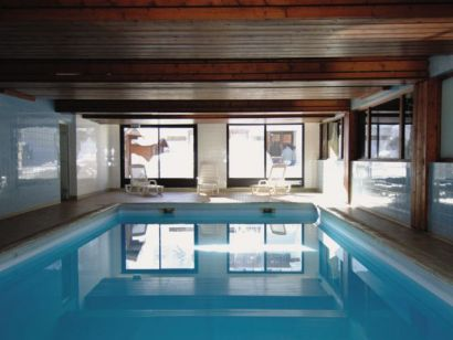 Aparthotel Le Chalet Alpina from £701