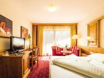 Hotel Alphof from £752
